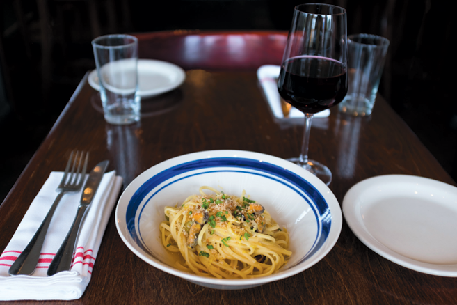 Dine Out At Astoria S Italian Restaurants And Markets