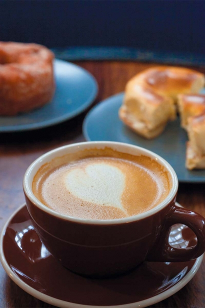 Climbers often enjoy coffee with a bagel or doughnut at The Mill.